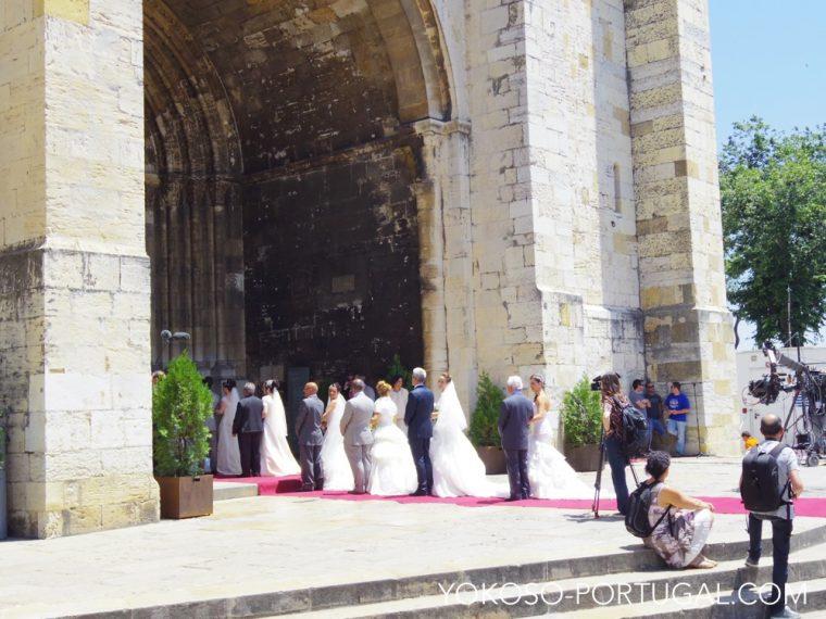 大聖堂で行われる結婚式